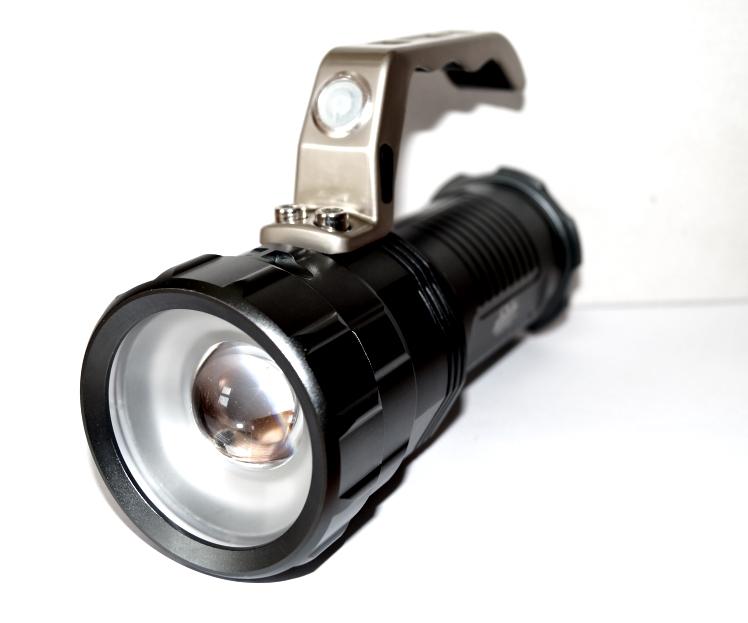 Мощный ручной фонарь CREE XG-